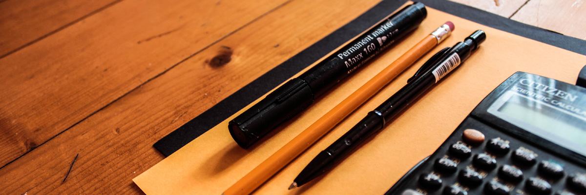 pens-desk